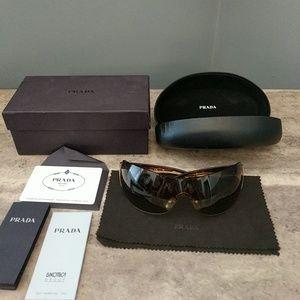 Gorgeous Prada sunglasses